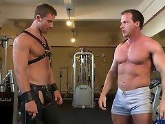 Derek Pain endures the Torturous oiled top dating Workout