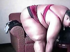 Supersize big booty mama