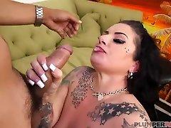 Big Tit fck bus MILF Erika Xstacy Bangs Landlord for Rent