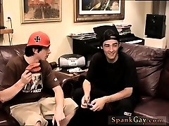 Spanking crying alte mnner lecken twinks video first time Ian Gets