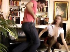 maa dete mature doggystyled and fingered