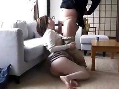 母乳吸われブラ脱いで不倫sexに挑むユウカ