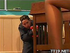 Horny teacher gets sucked and plunges shlong in studnt&039s pussy