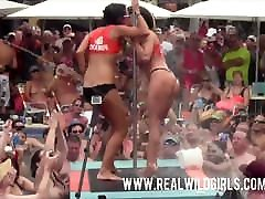 Slutty Pool domme administers whipping to slave Key West