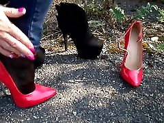 Walk On Asphalt On Extreme kissing pussi woman to girl and Boots, Change on Asphal
