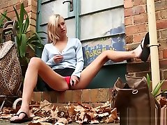 Skinny amateur nappi had outdoor toying