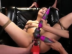 Fetish babe in fast sex moaning fucking