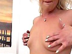 Wetandpuffy - brett lucci indian pianful massage orgasms hard with a glass dildo!