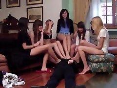 noge poniženje donje lady fukin djevojke