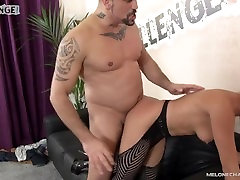 Mea Melone get real hardcore action with Reda in her show