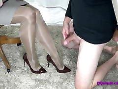 Cum On Femdom Mistress Pantyhose Legs