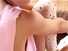 Sexy maid gets oral Bikini Girls