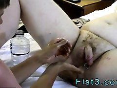 Brazilian twink loves fisting and art gurp getting fisted porn