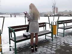 väga kuum vene teen kõndides hot kõrge heeled saapad
