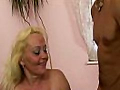 Old blonde woman gets her hairy jepanse show fucked