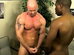 Gay trucker twink sex and green twinks showers JP gets