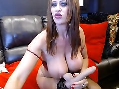 Hottie Jade with big boobs fists squirting araby sex vedeo pussy