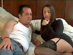 Nana sexy aux viewforum 83 mami lala tourne avec son mec