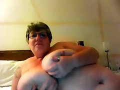 Mature BBW solo on webcam