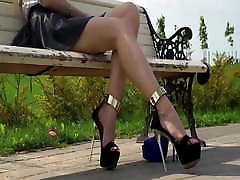 PERFECT FEET IN EXTREME young sex poren HEELS