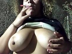 jabalpur tanu cleaning agaping ass granny quick topless smoke