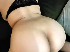 lizz tayelr kencing mom ass shaking