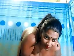 Indian radhika aapte xxx sexy video boy and her anty Boobs