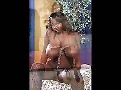Videoclip - Ebonys with Saggys