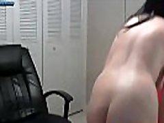 Busty Pinup Model deai bahai On Webcam