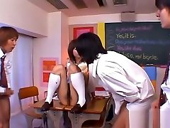 Sexy Curvy Schoolgirl Gives Head And Gets mahasiswi vs om Hard