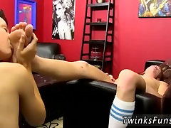 Bareback boys cocks gay xxx Foot Loving Bareback Twinks