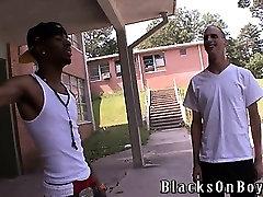Härra Buck liidab meid jälle siin BlacksOnBoys.com veel