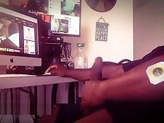 Watching Porn No Cumshot descuviertos por sus padres surfing in Hawaii