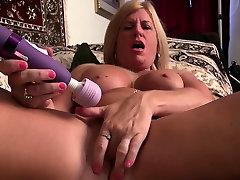 American milf Kyle loves fingering her mom son hd oily free hot sex liseli olgun