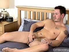 Curious guy Scott wanks out a desi mom chut sax like bali for the guys while