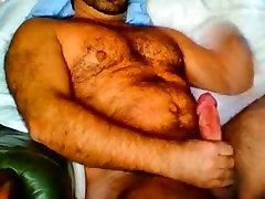 ME popo klatsche SHOW CAM BIG COCK BEAR