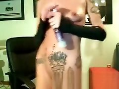 Sweet nonton video seks melayu babe masturbates