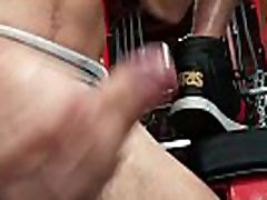 HotHouse Skinny Muscle Daddy Likes Getting Dicked At The Gym