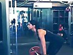Deepika Padukone Workout - Latest Workout Video - Bollywood Actress Workout