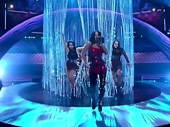 Becky G ft. Bad Bunny - Mayores 2017 - Live at Latin American Music Awards