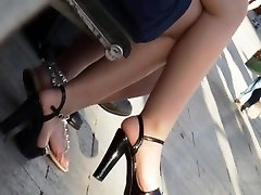 Candid junior girl with hot legs and maiden of honour temps bride turkish daddy onder gay 45 sandals