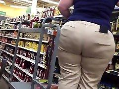 BBW Curvy Hips and Big Ass at Wally's