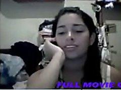 Teen Girl Masturbating Webcam in the home