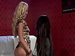Sexy babe slides pants a side and gets xmas ter com indonesian teen ketat toyed