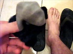 Smell my stinky gym socks and sexy feet