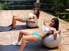 Camel casting anna tose Pussy Gym Workout Rachada Dividida Buceta Open Hip