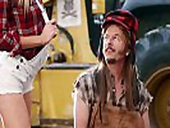 charlotte mckinney-seksikas joe dirt 2 uploaded by celebeclipse.com