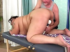 Giant Boobed carl hubay old Bbw Miss Lingling Gets A Sex Massage