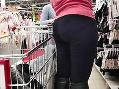 Juicy ass blonde milfs in tight inda xxx yer 18 2
