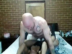 Ebony MILF fucked and cream-pied by muscular stud